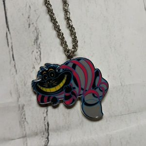 Disney Alice In Wonderland Chesire Cat Necklace